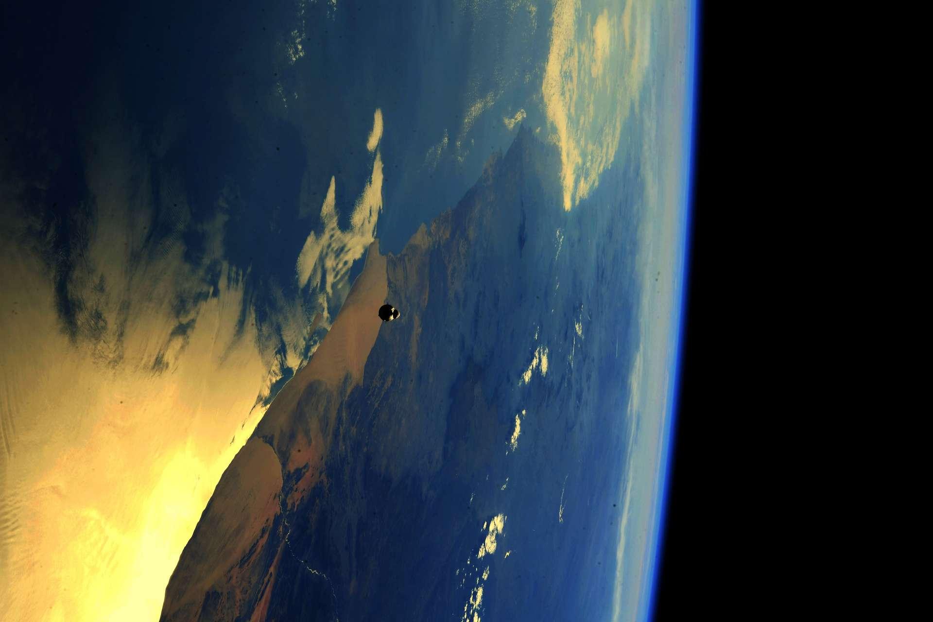 Arrivée du Cargo-22 Dragon à l'ISS, le 3 juin. © Esa, Nasa, Thomas Pesquet