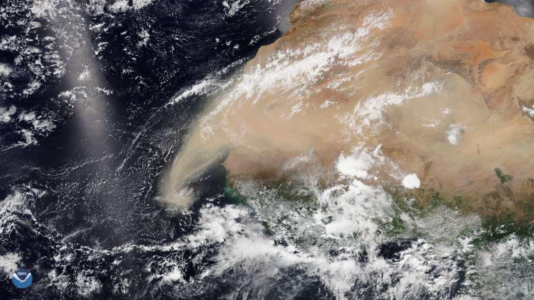 Le panache de sable et de poussière issu du Sahara qui se déplace vers l'ouest, photographié le 7 juin 2020. © Satellite de NOAA
