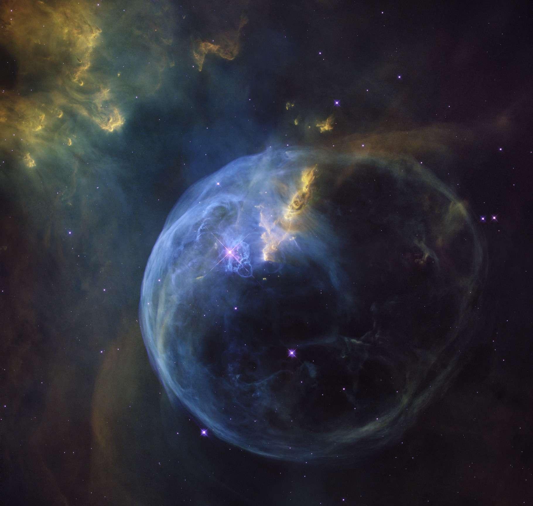 La nébuleuse de la Bulle se situe à quelque 8.000 années-lumière de notre Terre, dans la constellation de Cassiopée. © Nasa, ESA, Hubble Heritage Team