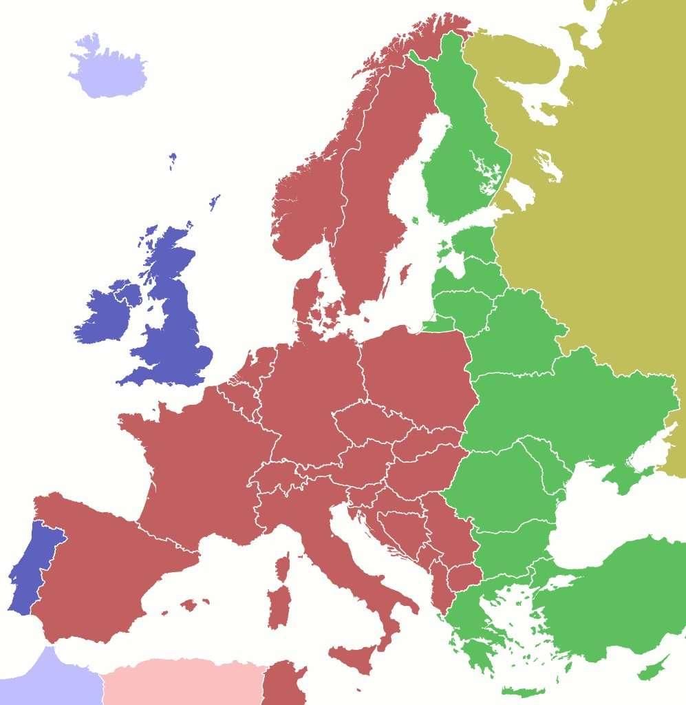 Répartition des heures légales en Europe. En rouge, les pays adoptant l'heure CET en hiver. En bleu, les pays utilisant l'heure TU. En jaune, les pays en TU + 2, ou EET Eastern Europe Time. En vert pomme, l'ouest de la Russie et son « heure de Moscou », ou MSK (TU + 3). © maix¿?/Licence Creative Commons
