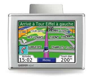 Un GPS automobile (ici le Garmin Nüvi 360T) sait déterminer le trajet le plus court, le plus rapide ou minimisant les péages. Alors pourquoi pas le parcours le moins polluant ? Crédit : Garmin