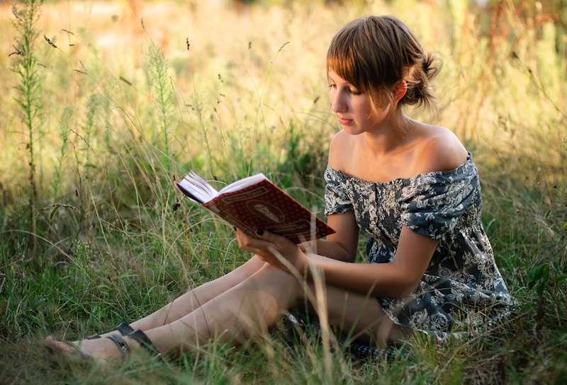 La lecture d'une poésie active les mêmes zones du cerveau que celles qui nous donnent la chair de poule à l'écoute de la musique. © photic.org.ua, cc by nc nd 3.0