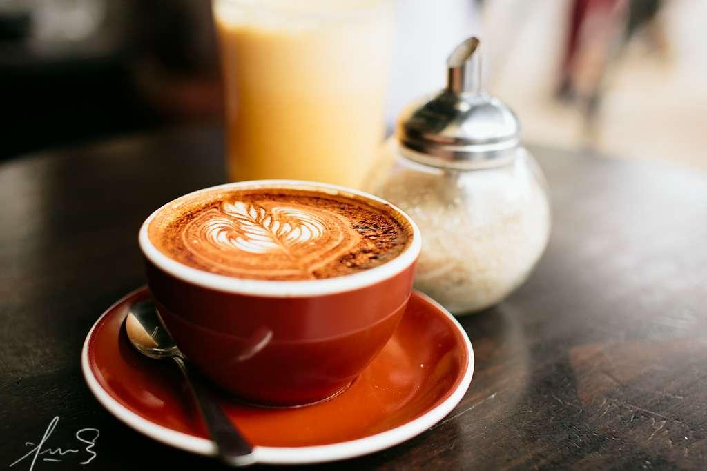 Le café est l'une des boissons les plus consommées dans le monde. Il a un rôle stimulant bien connu et permettrait aussi d'améliorer la mémoire. © sachman75, Flickr, cc by nc nd 2.0