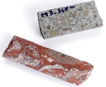 Un morceau du fragment de météorite retrouvé dans le cratère de Morokweng.