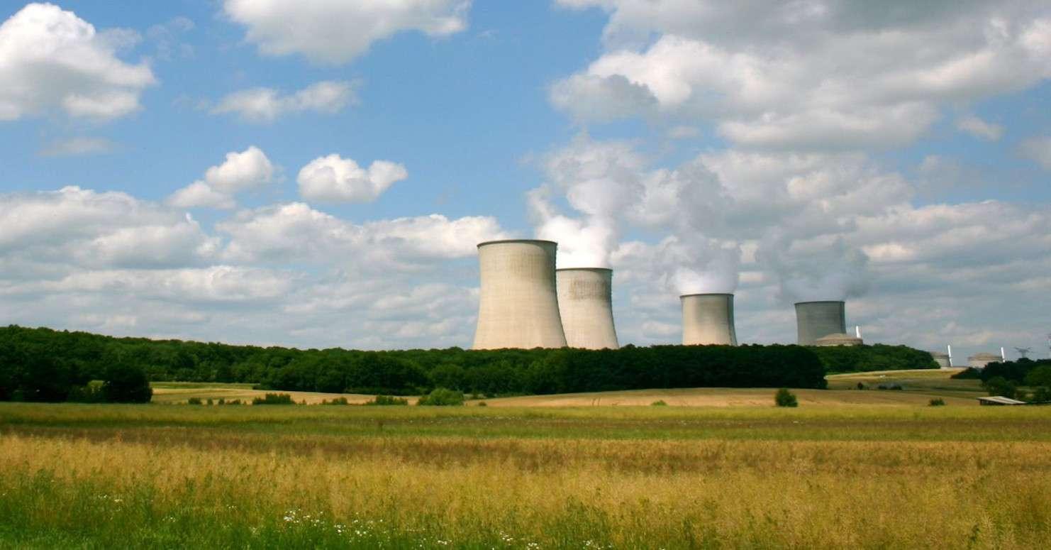 Les quatre réacteurs de la centrale nucléaire de Cattenom (Moselle, Lorraine) ont été mis en service entre 1986 et 1992. © Gilles FRANCOIS, Flickr, CC by 2.0