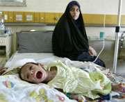 Le cri du petit Ali Mohammed durant son traitement anti-diarrhéique à l'Hôpital d'Enseignement Général Pédiatrique de Bagdad, Irak.