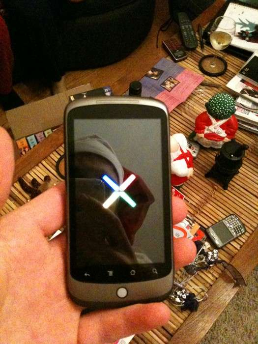 La rumeur d'un Google Phone est notamment alimentée par cette photo publiée sur Twitter. © Coryobrien - Twitter