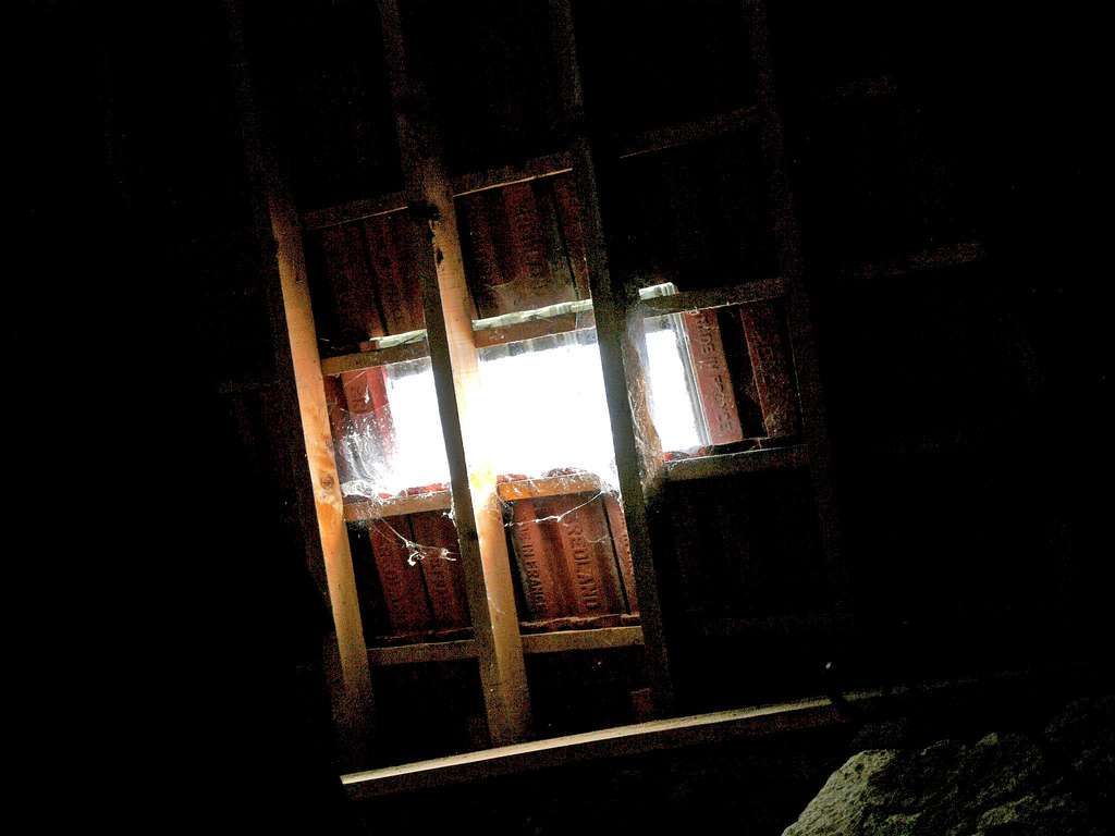 Les tuiles de verre, pour créer un puits de lumière. © Alainalele, Flickr, CC BY 2.0