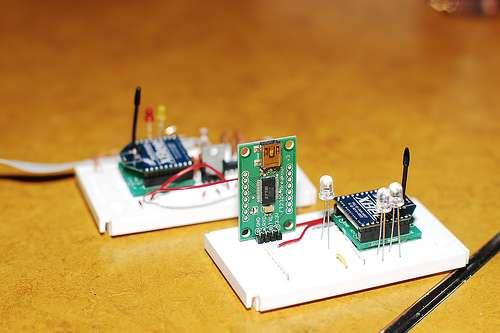 Zigbee est un protocole de communication pour petites radios. © Matt Westervelt, CC BY-NC-SA 2.0, Flickr