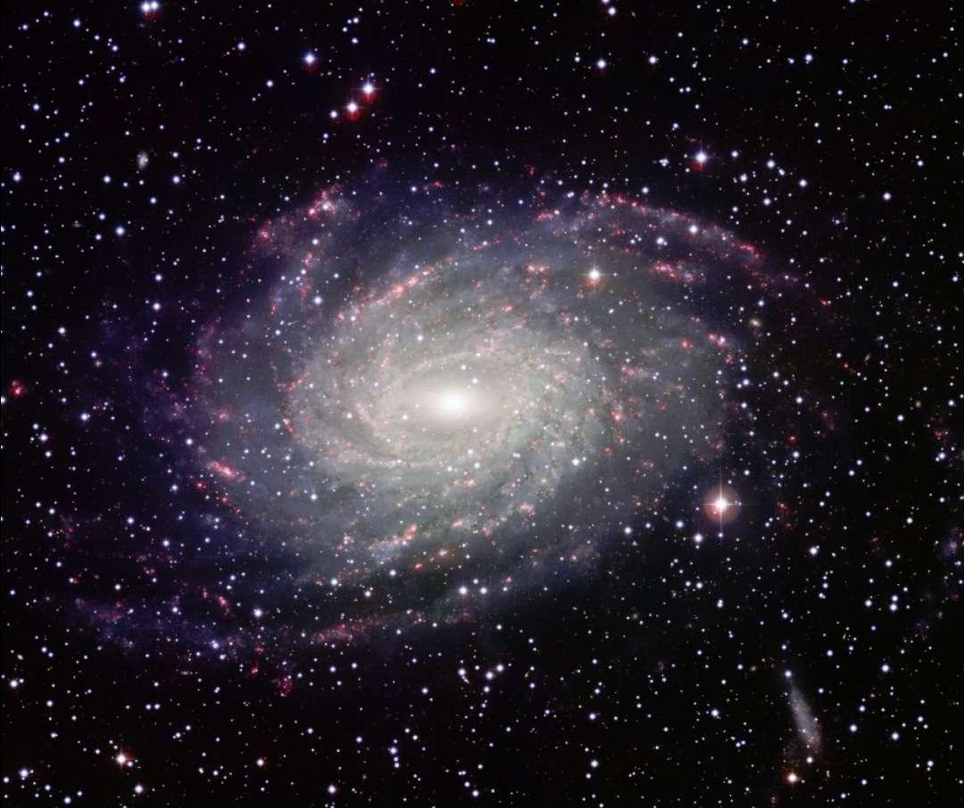 NGC 6744, une galaxie spirale géante qui ressemble étrangement à notre Voie lactée. © ESO