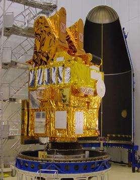 Le satellite SPOT 5 sur son adaptateur de vol Crédit : CNES