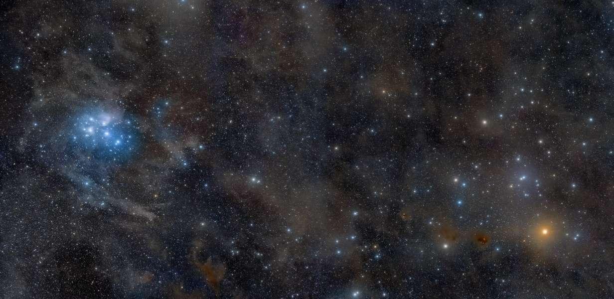 Grand champ dans la constellation du Taureau s'étendant de M 45 à l'amas des Hyades. © Rogelio Bernal Andreo