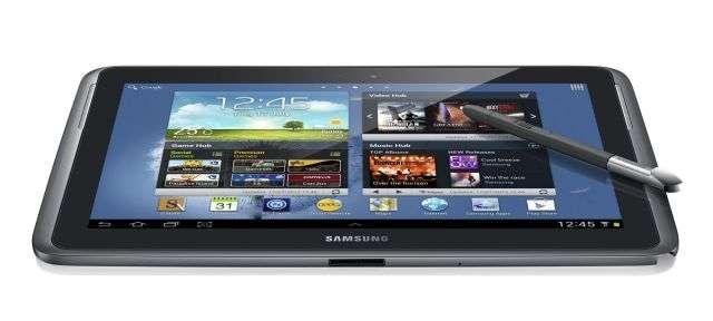 Samsung Galaxy Note 10.1 présente un écran de 10,1 pouces, d'une définition de 1.280 x 800 pixels. La tablette est vendue aux États-Unis à environ 400 euros. © Samsung