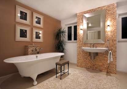 Salle de bain : attention aux emplacements électriques. © Henrik Winther Anderse