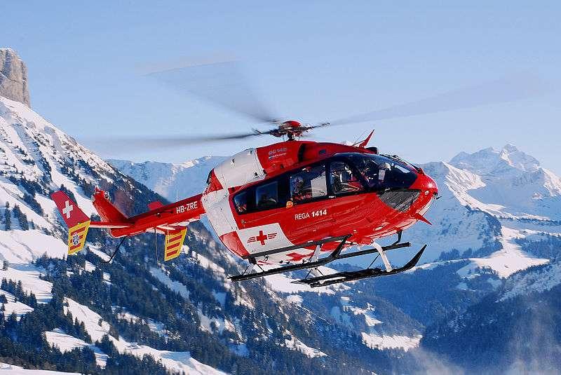 Paul Cornu réalise et fait voler le premier appareil dénommé hélicoptère, qui peut se positionner en vol stationnaire grâce au principe de la portance. © Matthias Zepper, CC BY-SA 3.0, Wikimédia Commons