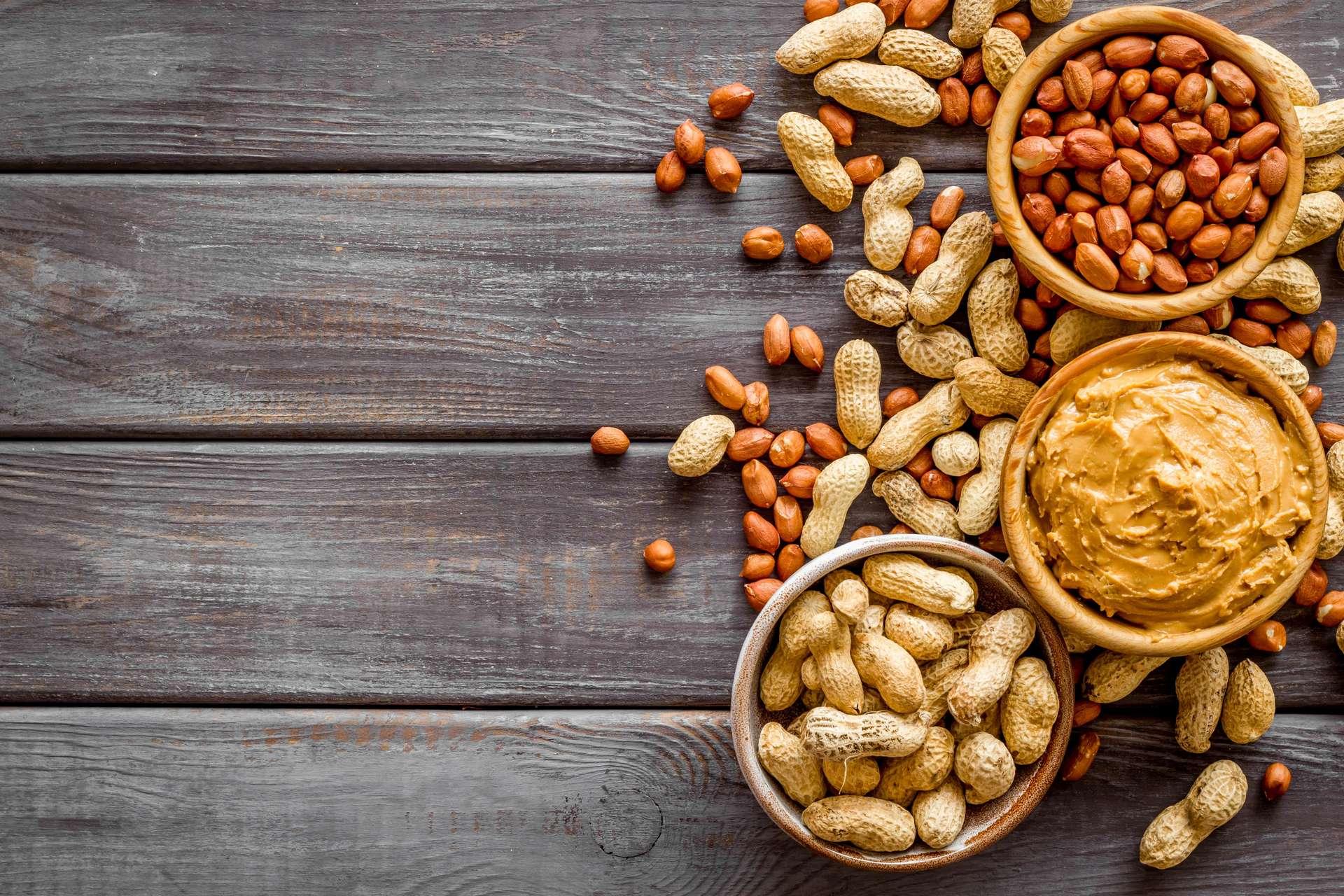 En grande quantité, la consommation de cacahuètes pourrait favoriser la propagation d'un cancer déjà existant. © 279photo, Adobe Stock