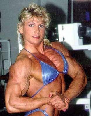 Les bodybuilders ont très souvent des veines apparentes sur leurs bras. © DR
