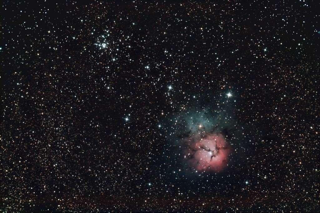 2 heures de pose avec un appareil photo numérique réflex et un télescope de 200 mm de diamètre, image «Chamois» (son pseudo sur le forum).