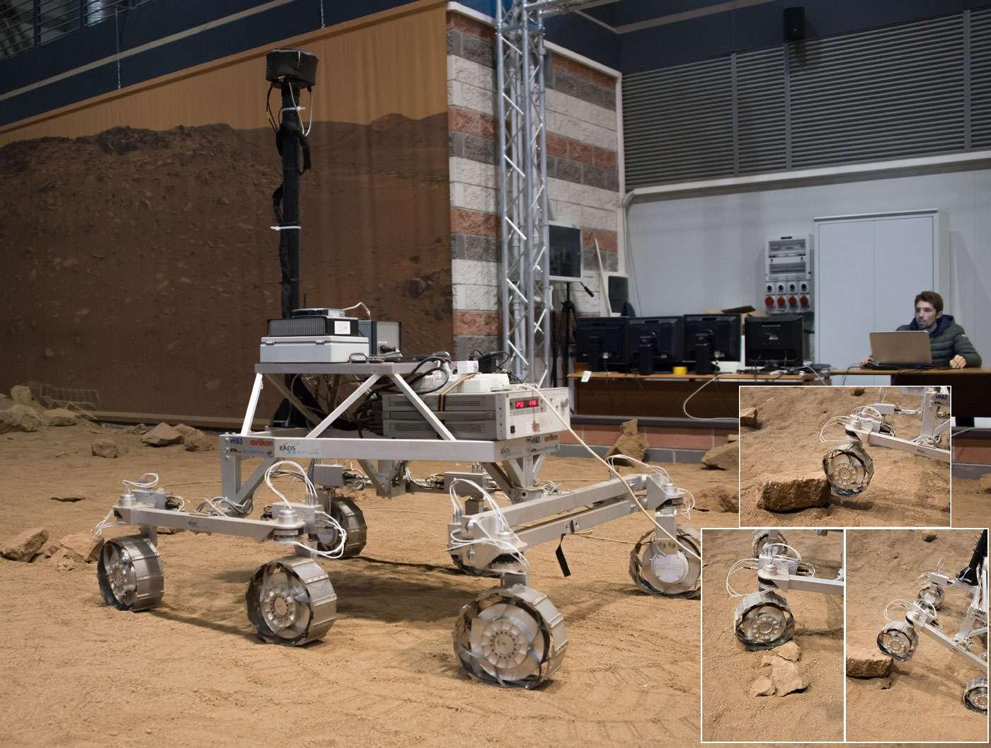 Essais de franchissement et de bonne tenue des roues du rover d'ExoMars 2018. Le robot utilisé ici n'est bien sûr pas celui qui s'envolera vers Mars. Néanmoins, il utilise le système de locomotion d'ExoMars 2018 et est représentatif du vrai rover pour les performances attendues sur Mars, la taille, la masse et le centre de gravité. © Rémy Decourt