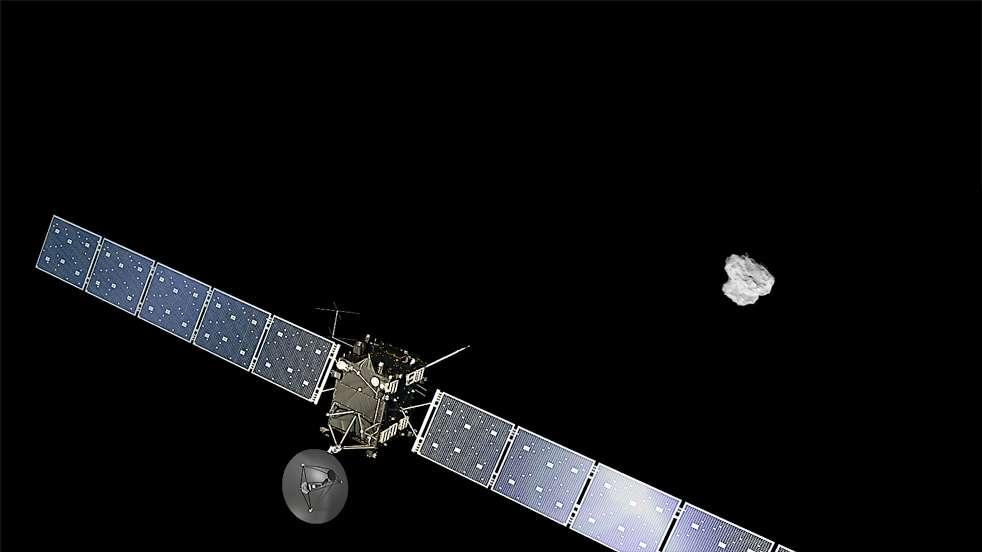 Illustration de la sonde spatiale Rosetta, quelques jours avant son arrivée le 6 août autour de la comète 67P/Churyumov-Gerasimenko. Photographiée à 500 km de distance, la double personnalité de ce corps glacé de 4 km se dévoile en détails. © Esa, Rosetta, NavCam