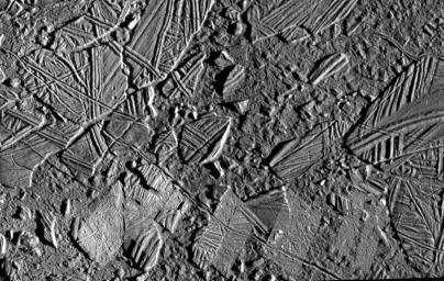 Détails de la surface glacée d'Europe