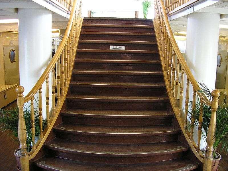 Le giron est la largeur d'une marche d'un escalier. © MHM-com, Wikimedia Commons CC by sa 3.0