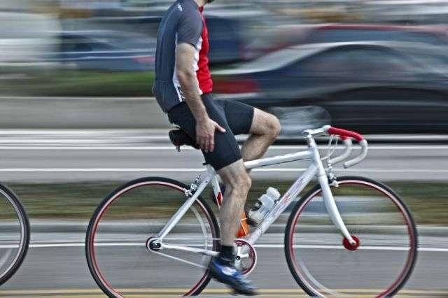 En ville, le vélo est le moyen de transport le plus rapide pour les trajets compris entre un et sept kilomètres. © SVLumagraphica, shutterstock.com
