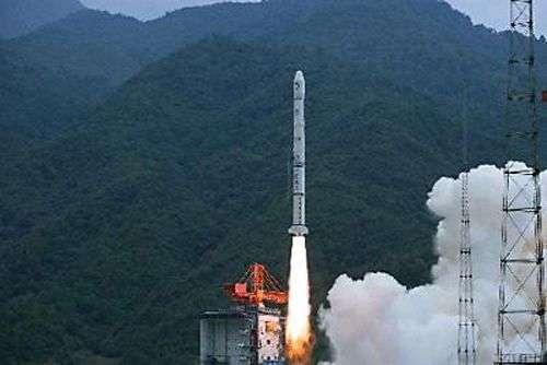 Le lancement de Chang'e-1 le 24 octobre 2007. Crédit Xinhua