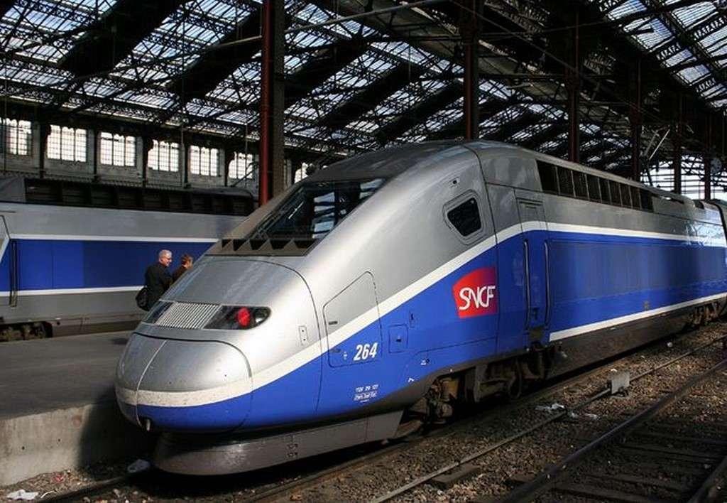128 gares françaises proposeront un accès Wifi gratuit d'ici fin septembre. La SNCF compte également tester une connexion haut débit 4G dans les TGV reliant Paris-Lyon et Paris-Bordeaux, mais pas avant 2017… © Sese Ingolstadt, CC BY-SA 2.5, Wikimedia Commons