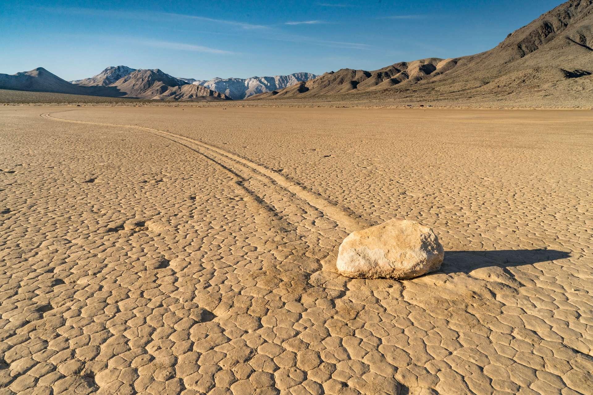 54,4 °C ! Cette température relevée dimanche dans la Vallée de la mort doit encore être vérifiée, précise l'Organisation météorologique mondiale (OMM). © Pabrady63, Adobe Stock