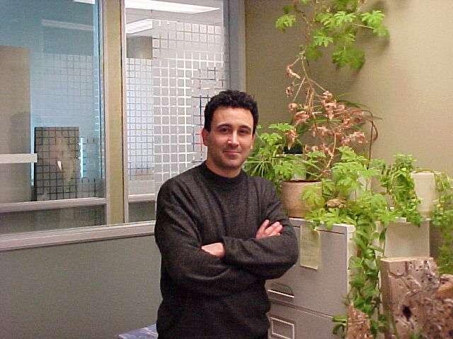 Abdulhakem Elezzabi, spécialiste de la plasmonique à l'université d'Alberta, à Edmonton (Alberta, Canada). Crédit : A.Y. Elezzabi