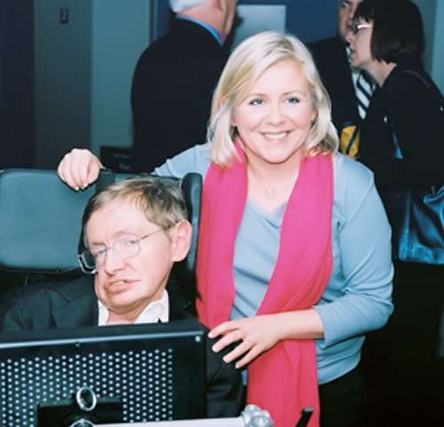 Stephen Hawking et sa fille Lucy en 2008. Crédit : Physics Today