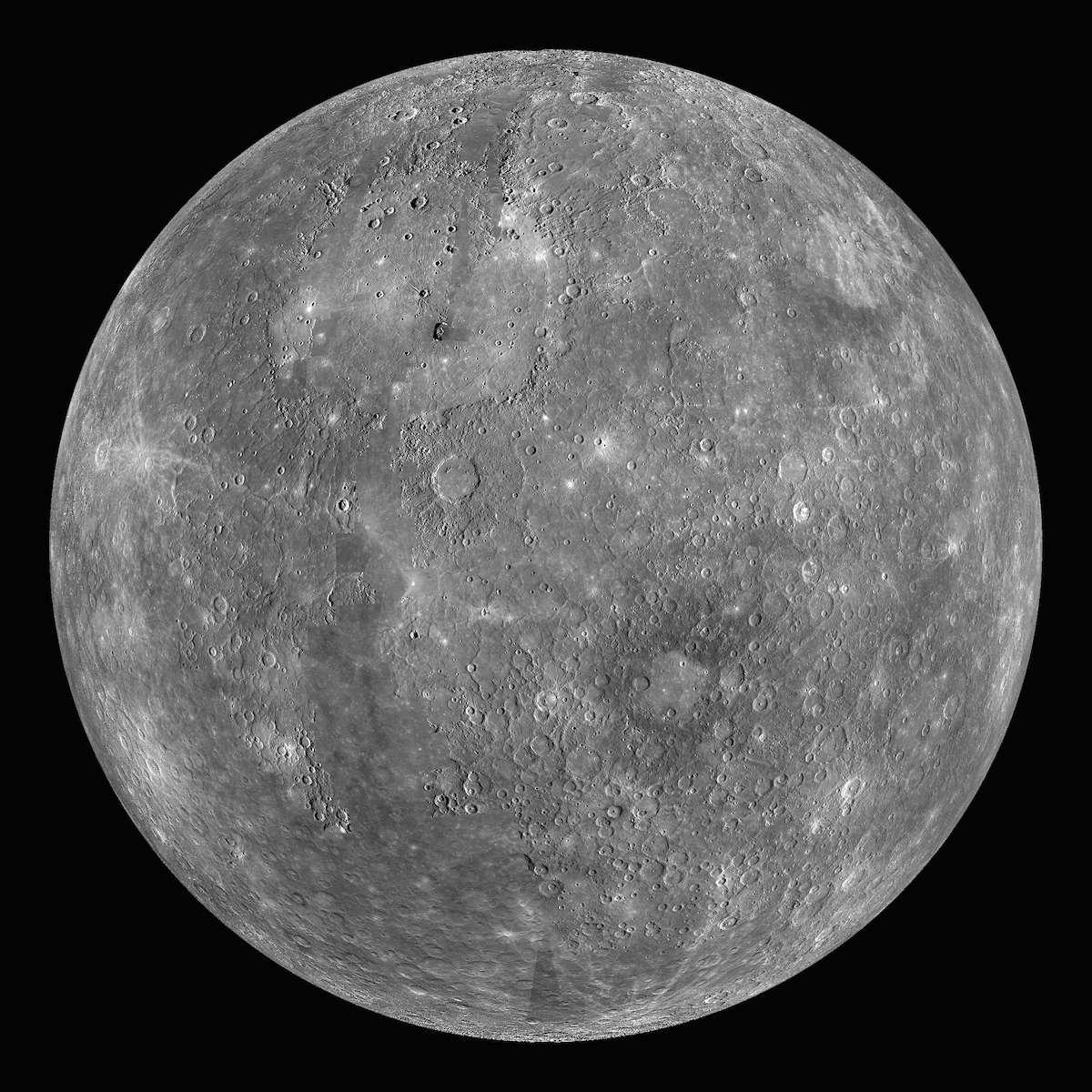 La sonde Messenger a révélé que Mercure, la planète la plus proche du Soleil, possède 10 fois plus de soufre que la Terre ou Mars. © Nasa, Johns Hopkins University Applied Physics Laboratory (JHUAPL), Carnegie Institution of Washington