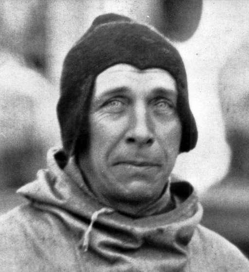 Alfred Wegner, le père de la théorie de la dérive des continents, lors d'une expédition polaire en 1930. C'est lui qui donna le nom de Pangée au premier supercontinent. © Alfred Wegener Institut