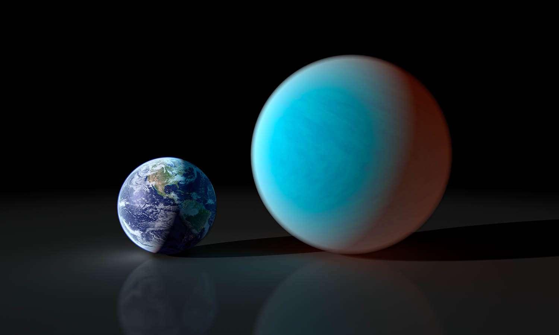 Une vue d'artiste comparant la taille et l'aspect de la Terre et de 55 Cancri e© Nasa/JPL-Caltech/R. Hurt (SSC)