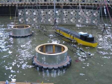 Modèle physique employé pour simuler les conditions environnementales d'un terminal méthanier. © Conseil national de recherches du Canada