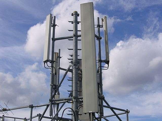 La 3G fonctionne grâce aux antennes relais qui émettent des ondes électromagnétiques. © Wikimedia Commons, CC by-sa 3.0