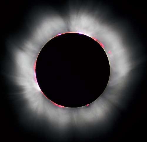 Éclipse hybride de Soleil (Amérique du Nord, Moyen-Orient, Afrique)