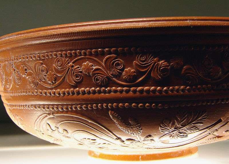 La céramique est composée de sable quartzifère. © Vassil, Wikipedia, domaine public