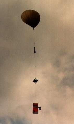 Ce sont des ballons sondes semblables à celui-ci qui seront utilisés pour lancer des micro-satellites