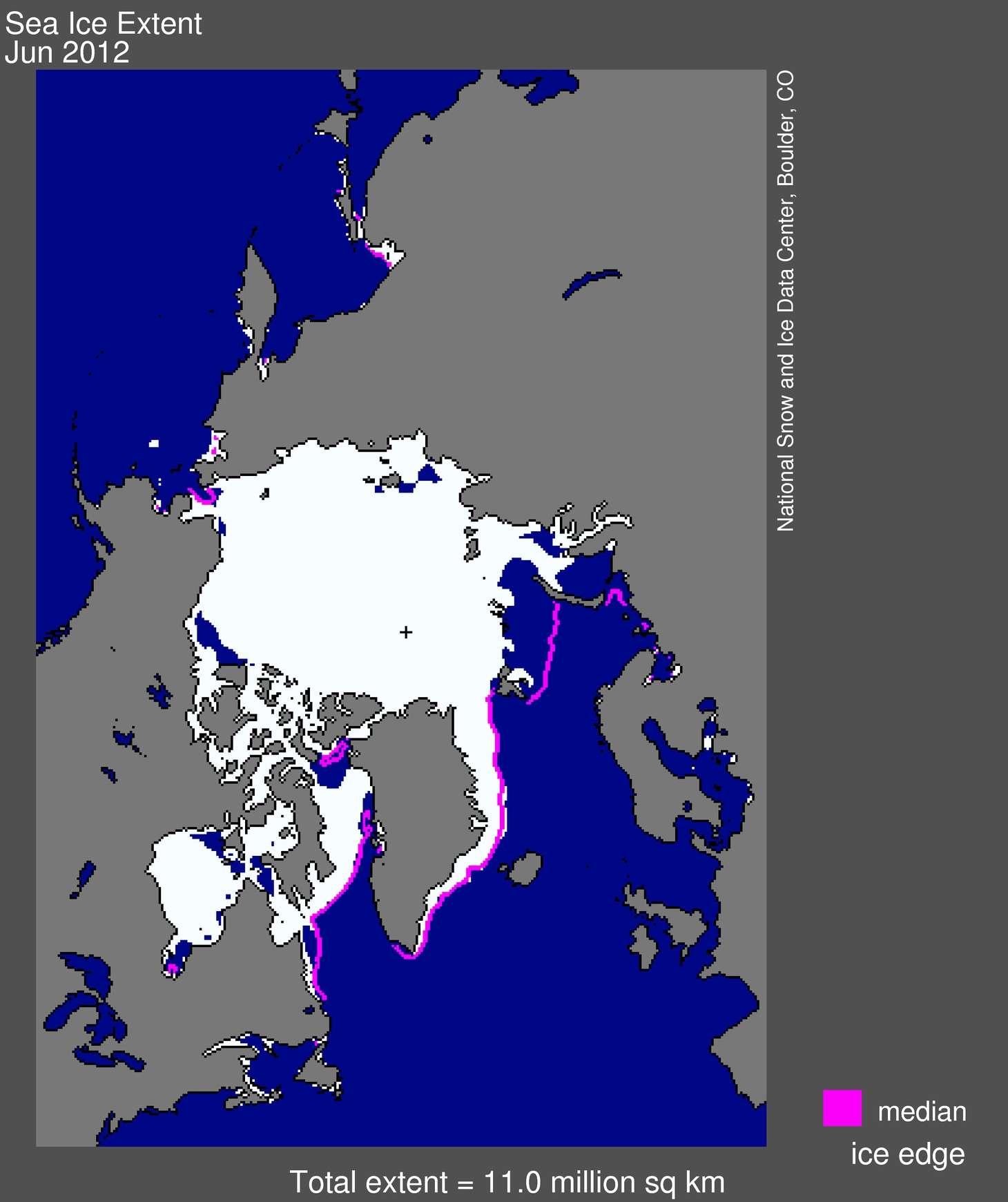 L'étendue de la banquise arctique en juin 2012 est représentée en blanc. Les lignes roses indiquent les limites qu'atteignait en moyenne l'Arctique entre 1979 et 2000. La croix noire correspond au pôle Nord. © US National Snow and Ice Data Center
