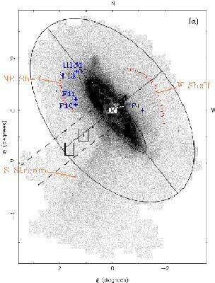 En orange, les débris de marée de la galaxie naine absorbée par Andromède