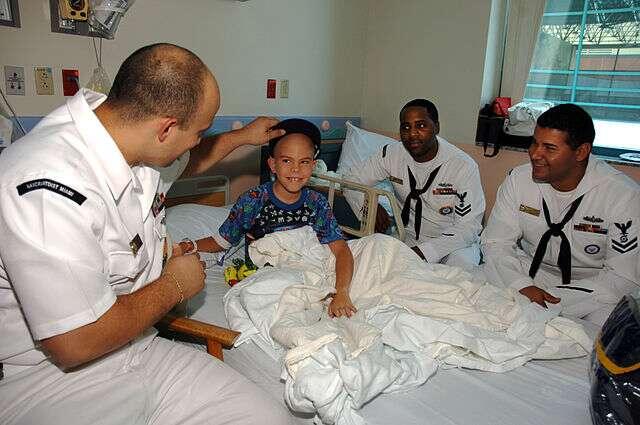 Les leucémies aiguës sont les maladies malignes les plus fréquentes en pédiatrie. Elles représentent environ 40 % des cancers de l'enfant et de l'adolescent. © US Navy, Wikimedia Commons, cc by sa 3.0