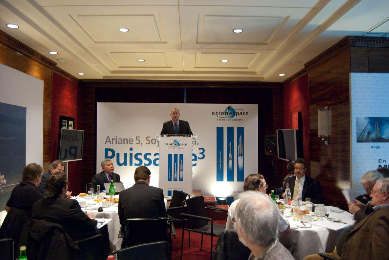Comme chaque année, Jean-Yves le Gall, le P-DG d'Arianespace reçoit la presse lors de sa traditionnelle conférence de rentrée, organisée cette année à l'Automobile Club de France. © Rémy Decourt