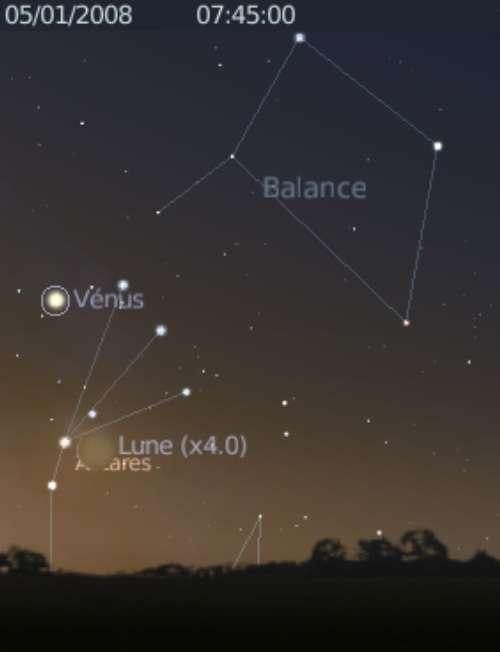 La Lune est proche de l'étoile Antarès et de la planète Vénus