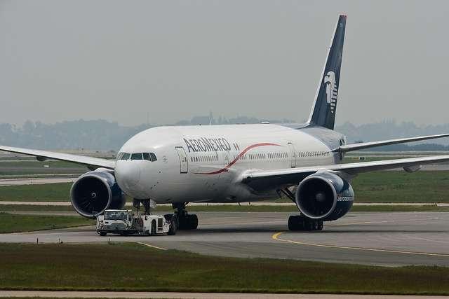 C'est un Boeing 777 de la compagnie Aeromexico comme celui-ci qui a servi de banc d'essai volant lors du vol Mexico - Madrid. © yakusa77, Flickr, CC by-nc-sa 2.0