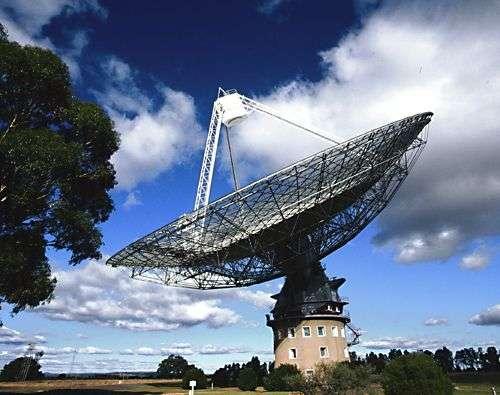 Le radiotélescope Parkes. Crédit CSIRO.