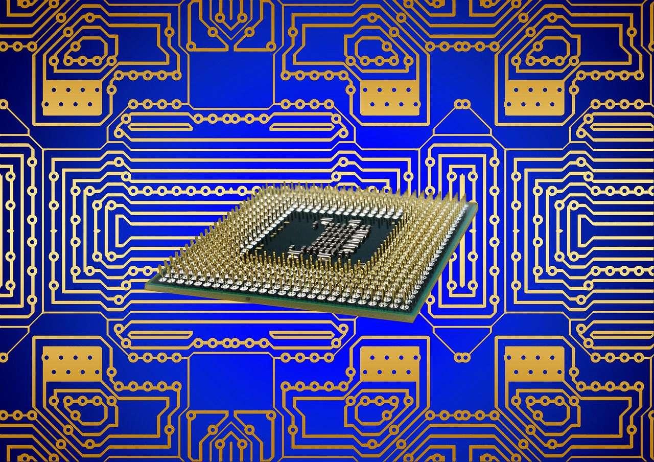 Les processeurs sont au cœur des ordinateurs et évoluent d'années en années. Les nouveaux processeurs Core d'Intel sont basés sur la microarchitecture Skylake qui repose sur une finesse de gravure de 14 nanomètres. © Geralt, Pixabay, DP
