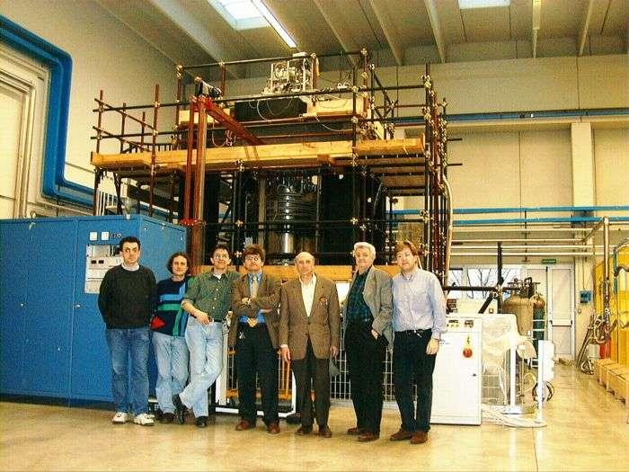 Des membres de l'équipe PVLAS (Crédit : PVLAS).