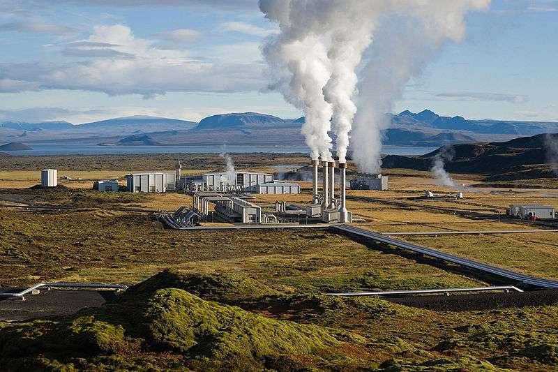 Centrale géothermique de Nesjavellir en Islande. © Gretar Ivarsson, domaine public
